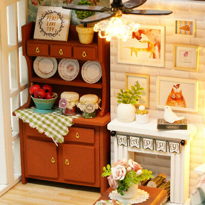 DIY Miniature Dollhouse Kit Realistic Mini 3D Wooden House Room Craft with L5B2