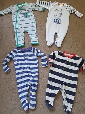 BABY BOYS CLOTHING BUNDLE - Size 000 0-3 months