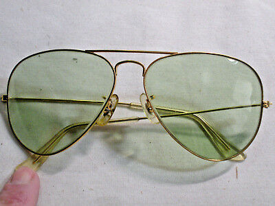 Vintage Ray-Ban Aviator Sunglasses / Excellent
