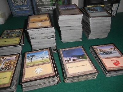 lot +- 1000 carte magic plains mountain forest island swamp