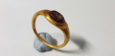 ROMAN GOLD RING WITH INTAGLIO EROS  2nd,3rd  Century AD