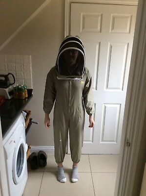 beekeepers bee suit