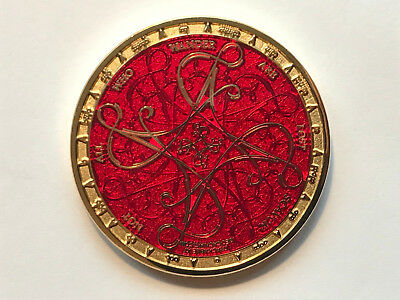 Geocoin Tengwar Red on (Polished) Gold