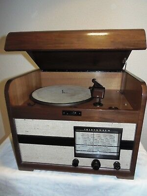 RAR - seltene Grammophon- Radio- Kombination von TELEFUNKEN - Model No.713 WS