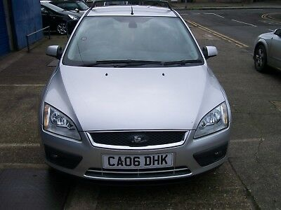 Ford Focus 4 Door Saloon 1.6 Ghia 12 Months Mot 97K Miles.
