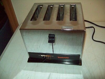 vintage General Electric 4 slot Toaster American made 1970's cat. no. A7T128