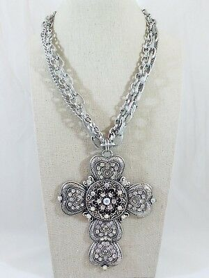 SC2857 8 Cross Charms Antique Silver Tone with Inset Rhinestone