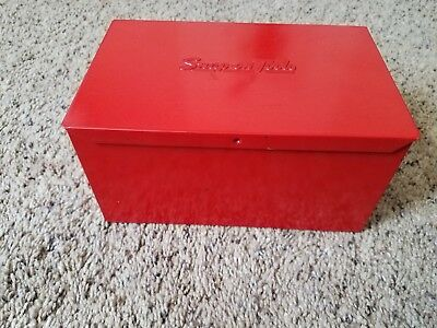 Vintage Small Snap-on Red Tool Box/Storage Box   KRA-111 A  1982
