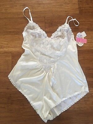 Vintage BLUSH Lingerie Champagne Snap Teddy w/Lace Trim L Made in USA NWT