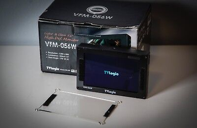 "TVLogic VFM-056W 5.6"" Compact LCD Monitor with Canon battery plate"