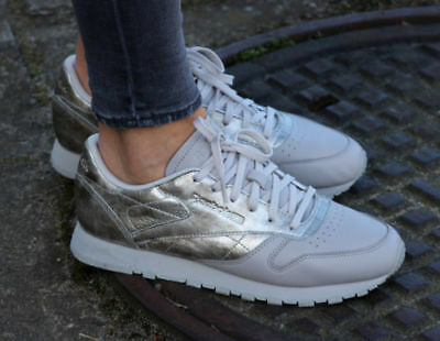 REEBOK CLASSICS WOMENS Classic Leather Patent Trainers Pearl