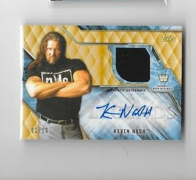 2017 Legends of WWE autograph Relic card