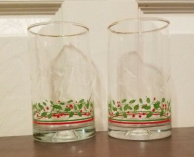 Arbys 1983 Christmas Holly Berry Beverage Water Glasses Gold Trim Set of 2