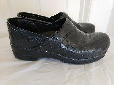 Dansko Women's Professional Embossed Black Leather Shoes Size 11.5/43