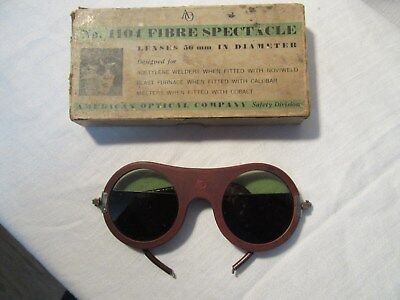 Vintage No. 1104 FIBRE SPECTACLE Welders/ Safety Glasses Steam Punk / with box