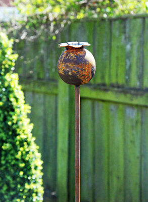 Classic antique finish rustic metal small poppy head garden plant stake