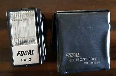 Vintage Focal Electronic Camera Flash FK-2 and case