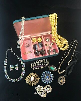 Vintage Lot Of Jewelry With Box ~ Lisner Weiss Honk Kong ~ Mixed Pieces Must See