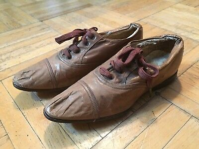 Late 19th To Early 20th Century Sm Girls Tan Leather Lace Up Shoes W Pointed Toe