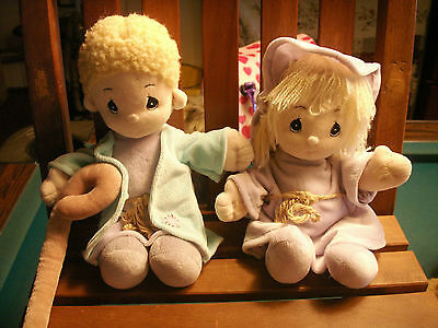 (2)precious moments dolls tender tails Enesco 1999 10inch boy girl