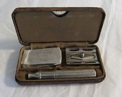 WWII Canadian Army Issue Razor Field Kit Khaki Gillette Vintage Military RARE