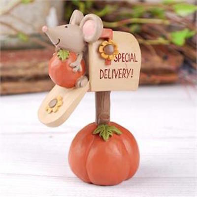 Blossom Bucket - MAILBOX ON PUMPKIN W/MOUSE   #176-11341