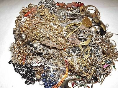 Huge Lot Of Junk Chains Jewelry Over 10Lbs *lqqk*