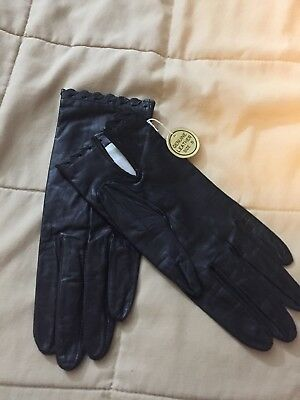 Vintage Genuine Leather Black Ladies Gloves. Made In Japan