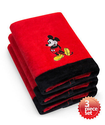 "Disney's Mickey & Minnie Mouse Super Absorbent and Soft Fingertip Towel 11""x18"""