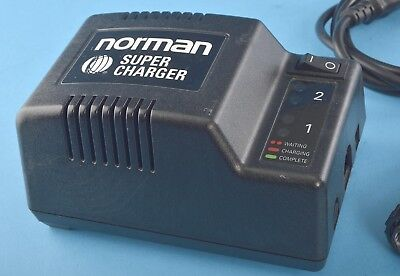 Norman Super Charger SC400-B 400B with Cables