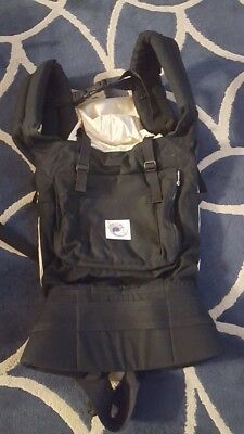 ERGObaby carrier **EUC** FREE Shipping black/beige