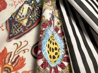 Designers Guild Christian Lacroix Fabric Remnants In Cocarde Opiat