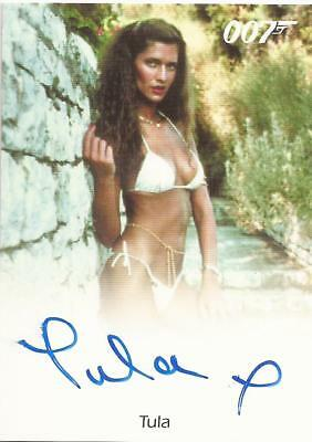 007 James Bond Archives Final Edition Tula autograph Girl at Pool