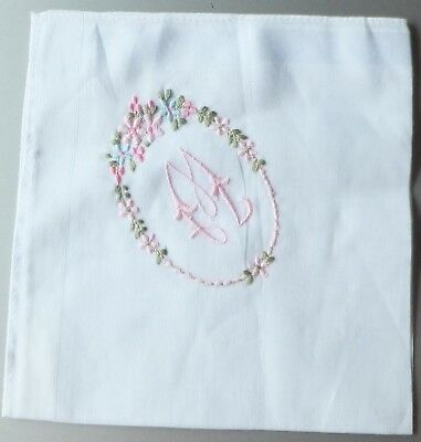 Pretty old fashioned embroidered white handkerchief hanky M or W