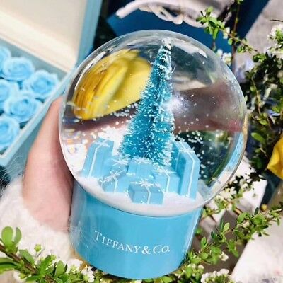 🔮Exclusive🎄Tiffany & Co Christmas Tree Snow Globe + roses ultra rare!!