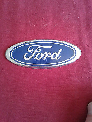 Badge Ford