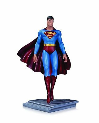 "Superman Man Of Steel ""superman (Moebius)"" Statue Dc Collectibles"