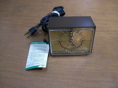 Vintage Westclox Electric 24 Hour Switch Timer Day Night Clock Old Alarm S27-A