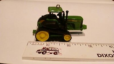 JOHN DEERE CHRISTMAS ORNAMENT tractor with tracks as wheels 2007