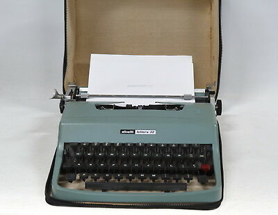 Olivetti Lettera 32 Vintage Typewriter - Made in Spain - With Case