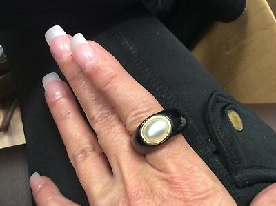 BLACK JADEITE JADE RING WITH 14k YELLOW GOLD AND CULTURED PEARL BEZELED IN