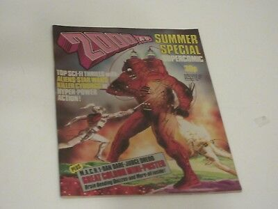 2000AD Summer Special 1977 - Judge Dredd-  Very Fine Condition- Poster attached