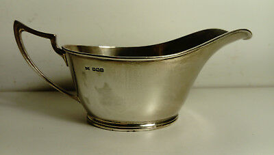 SILVER SAUCE BOAT WALKER AND HALL Hall Marked Sheffield 1929 ? 136 grams approx