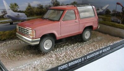 James Bond Quantum Of Solace Ford Bronco Ii   Cast