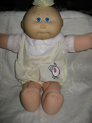 Vintage Coleco Cabbage Patch Kids Baby Doll -Dressed