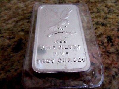 5 OZ Mint EAGLE , FROM SILVER TOWNE  .999 Fine Silver HUGH BAR