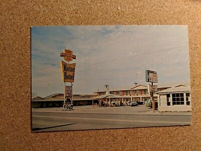 Arizona, Holbrook. Whiting Motels. Chrome Vintage Postcards.