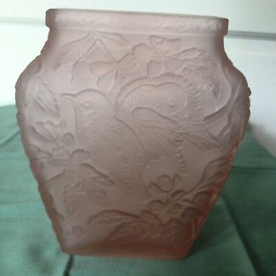 Beautiful Lenox Imperial Glass Vase, Frosted Pink,  Lovebird, Floral, Nice