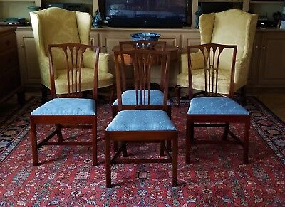 Set Of 4 Mahogany Chippendale Tie-Back Chairs #2034 Biggs Furniture (Kittinger)