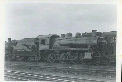 Railroad Photo Canadian Pacific Railways Steam 4-6-2 # 1098